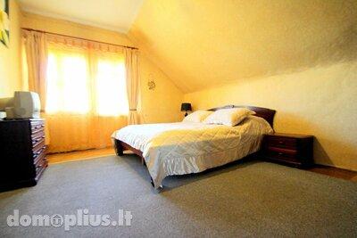 Parduodamas 4 kambarių butas Vilniuje, Užupyje, Srovės g.
