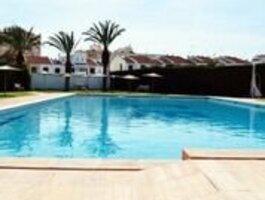 Namas Ispanijoje, Kita