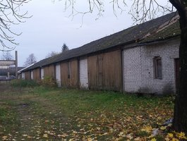 Garažas Jurbarko r. sav., Smalininkuose, Bokšto g.