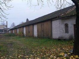 Garage Jurbarko r. sav., Smalininkuose, Bokšto g.