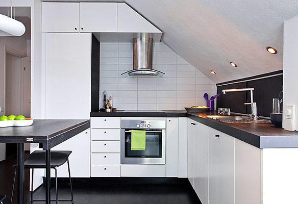 Virtuvė palėpėje