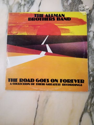 THE ALLMAN BROTHERS BAND - THE ROAD GOES ON FOREVER