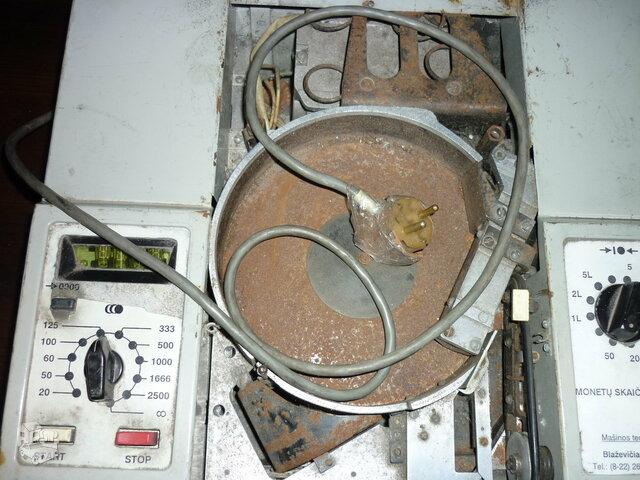 Monetų skaičiavimo mašina sena