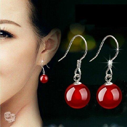 Pasidabruoti raudono perlo (agato) auskarai