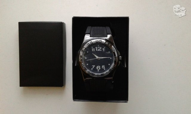 Naujas laikrodis, įpakuotas nei karto nenaudotas