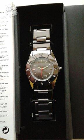 Naujas nenaudotas laikrodis. Apyrankė metalinė.