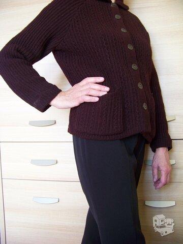 Naminės vilnos megztinis