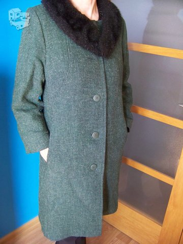 Vilnonis paltas su pašiltinimu