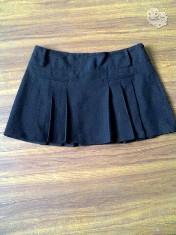 Sijonas juodos spalvos