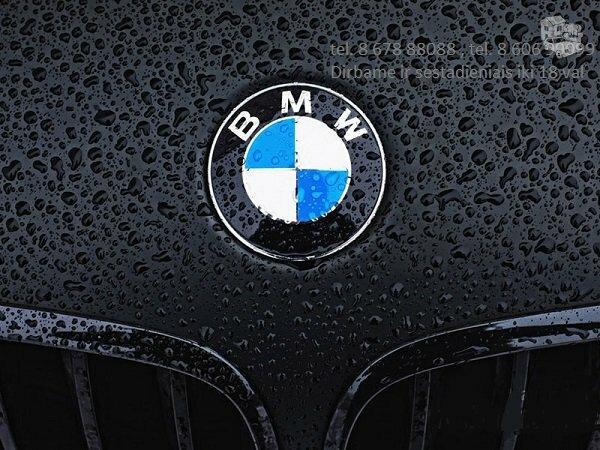 BMW 130 dalimis