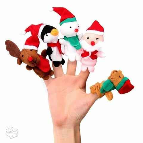 Kalėdiniai žaislai vaidinimui