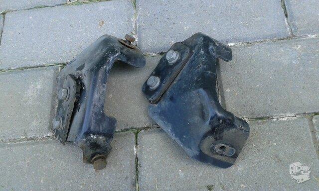 Audi 100 C4 priekinio bamperio laikikliai