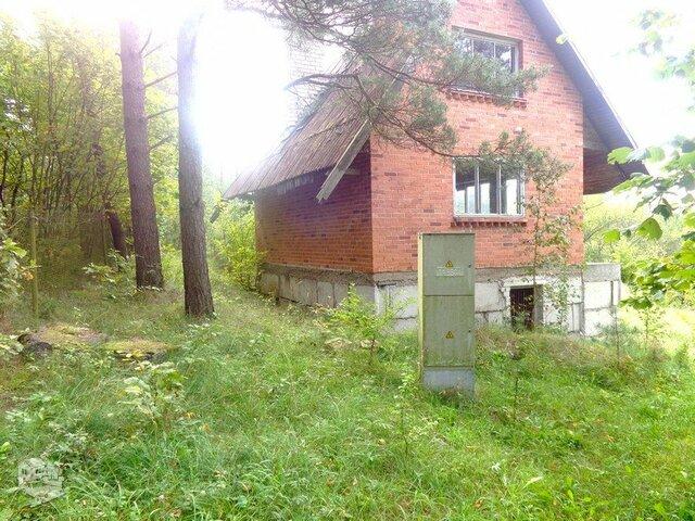 Gyvenamasis namas Vilniaus r. sav., Mikališkėse, Parko g.